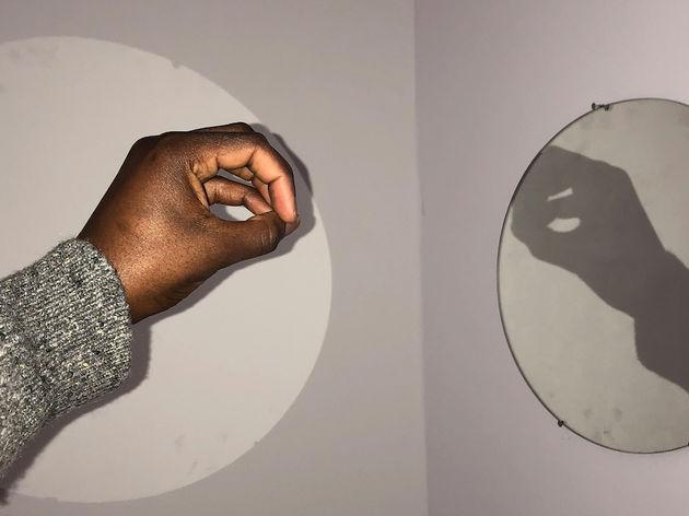 Round shadow