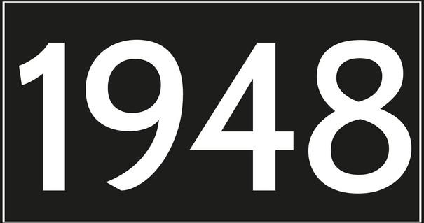 Weiße Nummer 1948 auf schwarzem Hintergrund.