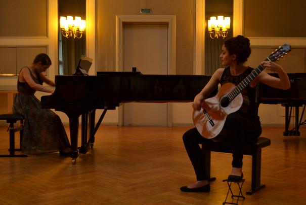 Klavier und Gitarrenduo beim KPA-Konzert