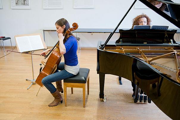 Cello und Flügel