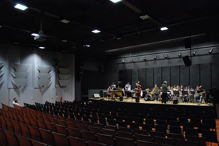 Jazz-Ensemble bei der Probe im Georg-Neumann-Saal