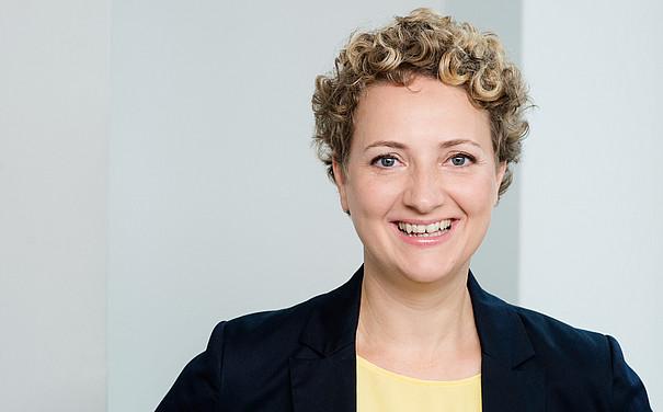 Prof. Barbara Gronau
