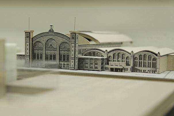 Ein Modell eines Gebäudes.